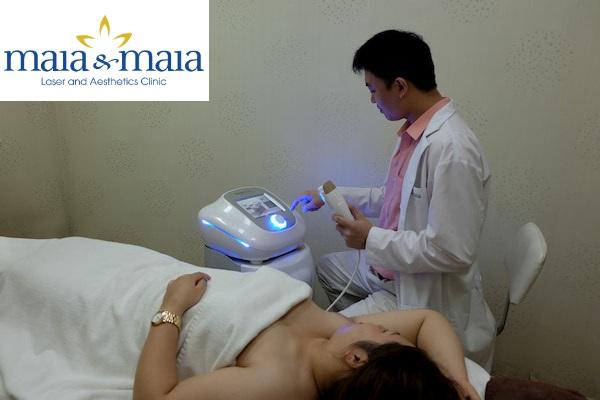 Hình ảnh Thạc sỹ - Bác sĩ Nguyễn Văn Hoàn điều trị hôi nách bằng công nghệ Mira Sonic tại PK Maia&Maia