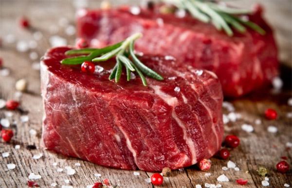 Người bị viêm da cơ địa nên tránh ăn thịt bò
