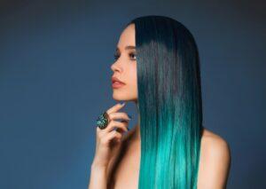 Nhuộm sấy quá nhiều khiến tóc bị căng thẳng và chậm phát triển
