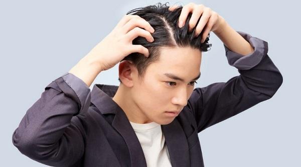Tóc khô xơ ở nam giới không phải là vấn đề hiếm