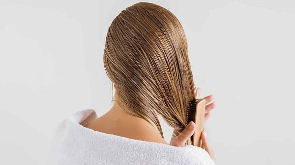 Sử dụng dầu thầu dầu có thể cải thiện sức khỏe của tóc
